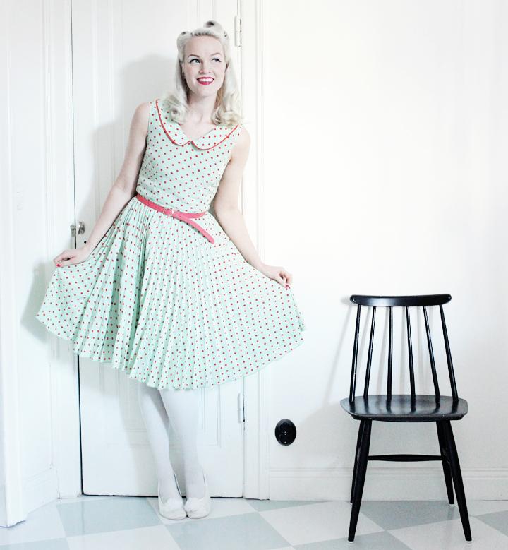 prickig klänning emmas vintage