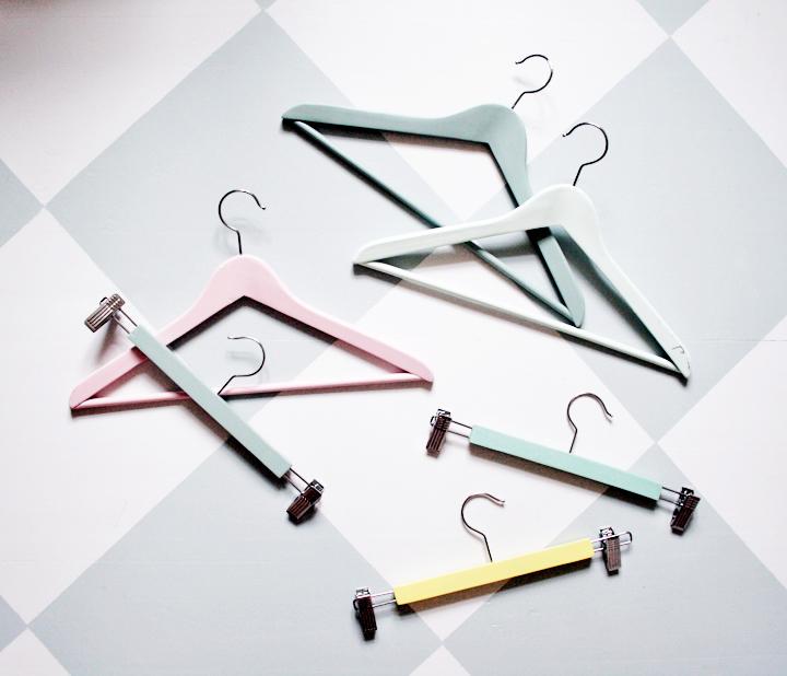 galgar hangers by emmas vintage