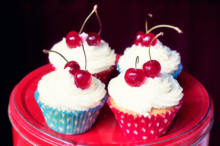 cupcakes by emmas vintage