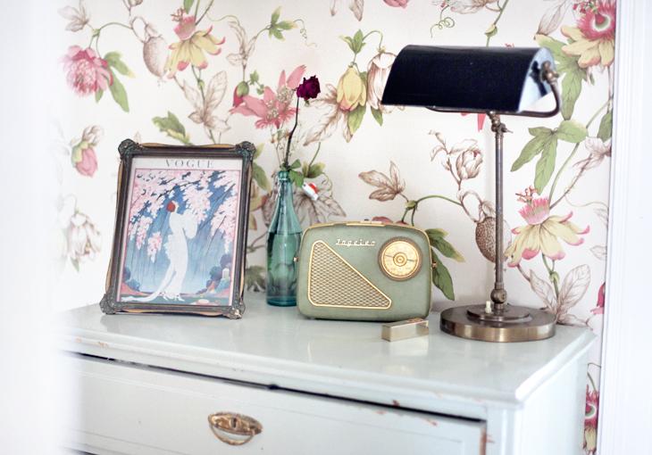 Q&A Rutigt golv, bästa stället i Paris och hur du bygger en egen hatthylla Emmas VintageEmmas