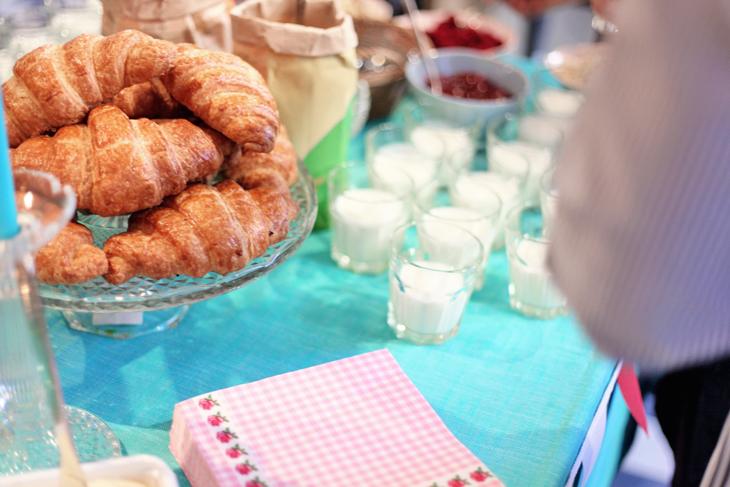 frukost croissant by emmas vintage