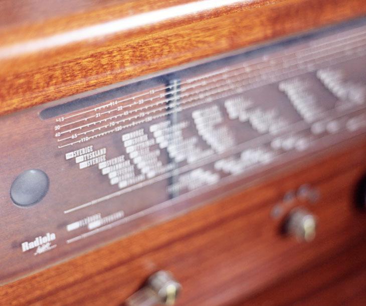 radio loppis by emmas vintage