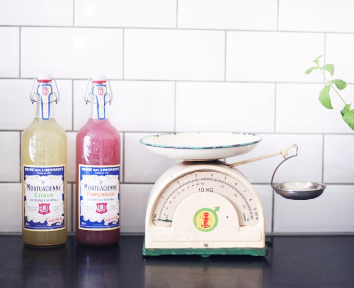 kockums köksvåg loppis kök inredning by emmas vintage