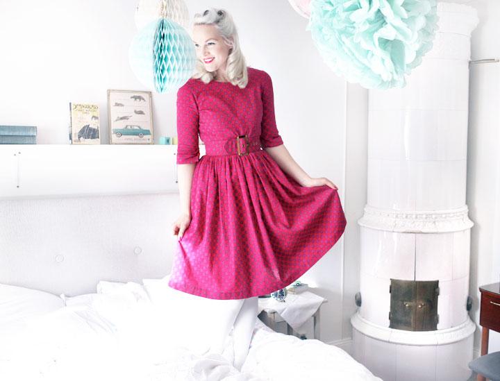 hallonröd vintageklänning by emmas vintage