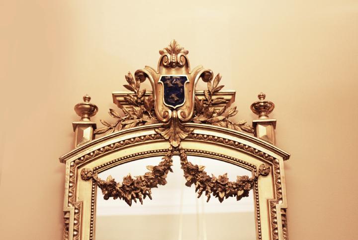 guldspegel by emmas vintage