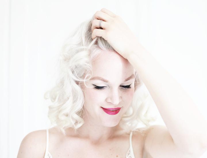 platinablont hår emma sundh by emmas vintage