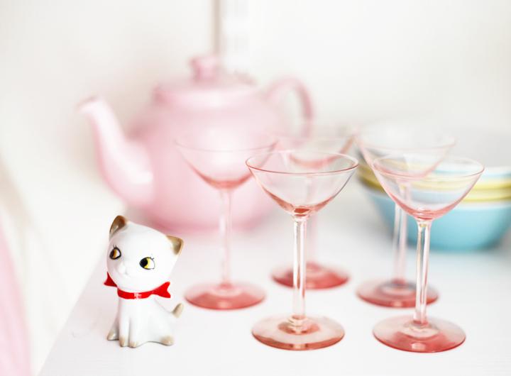 vintagefabriken rosa glas katt by emmas vintage