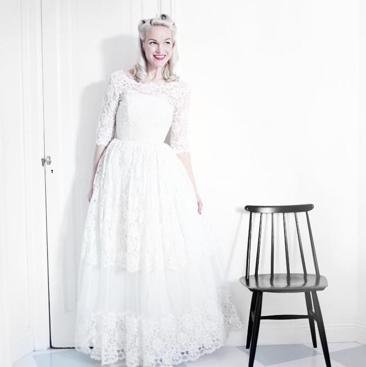 brudklänning by emmas vintage