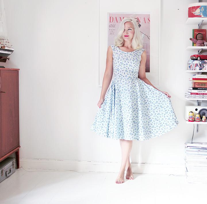 blommig klänning by emmas vintage