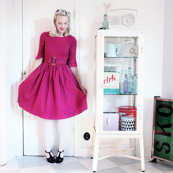 hallonröd klänning by emmas vintage