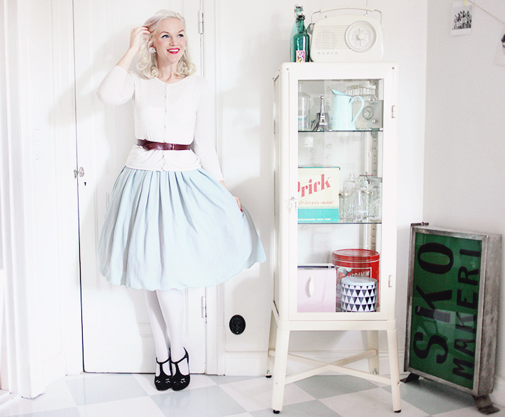 mint skirt by emmas vintage