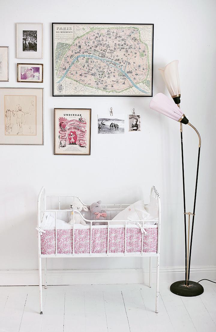 bebissäng vintage spjälsängsskydd spjälsäng järnsäng paris emmasvintage