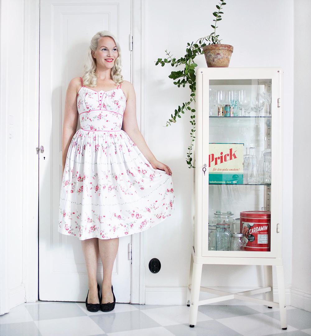 blommig klänning beyond retro emmasvintage vintage
