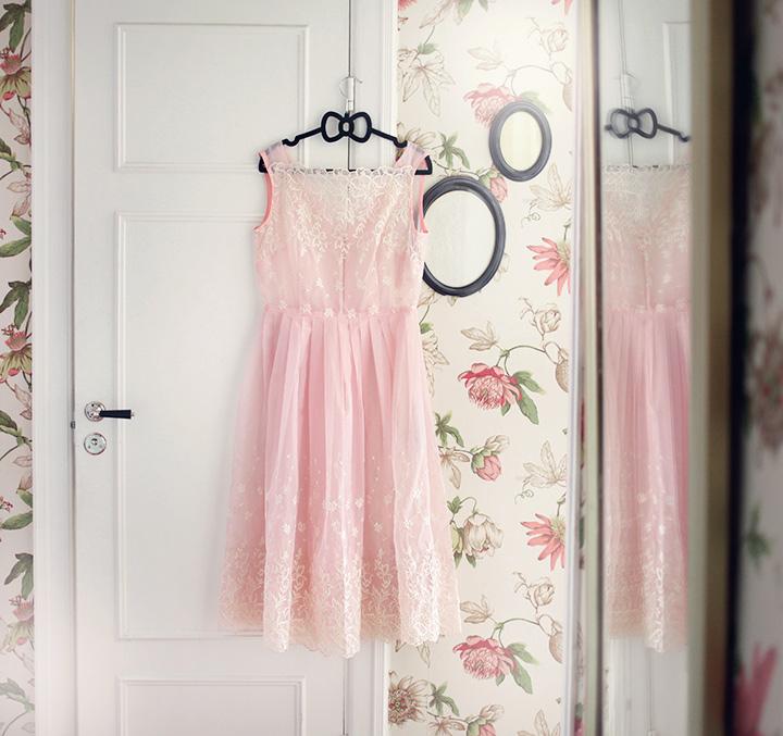 vintageklänning beyond retro