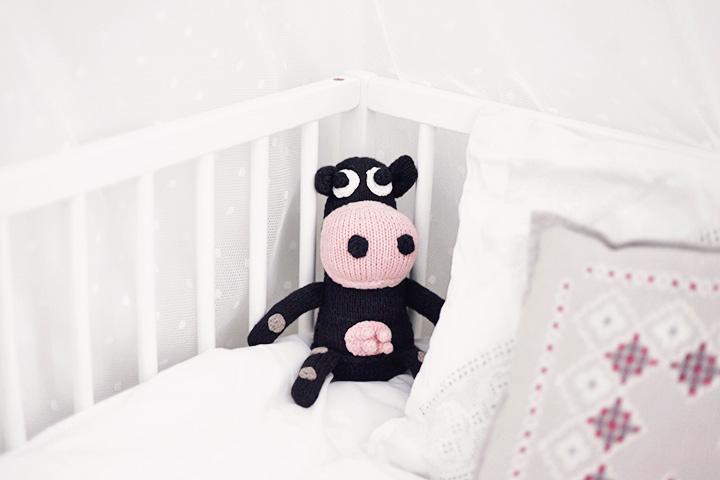 spjälsäng bebis leksaker