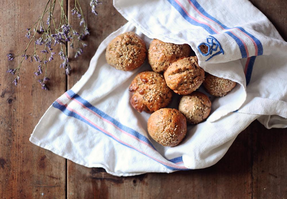 grahamsbullar fröbullar baka recept