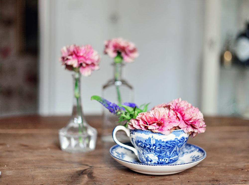 flowers interior workplace
