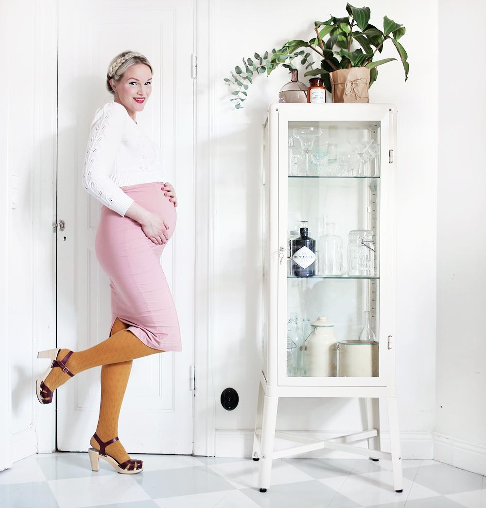 gravid vecka 29 pregnant gravidkläder vintage pennkjol
