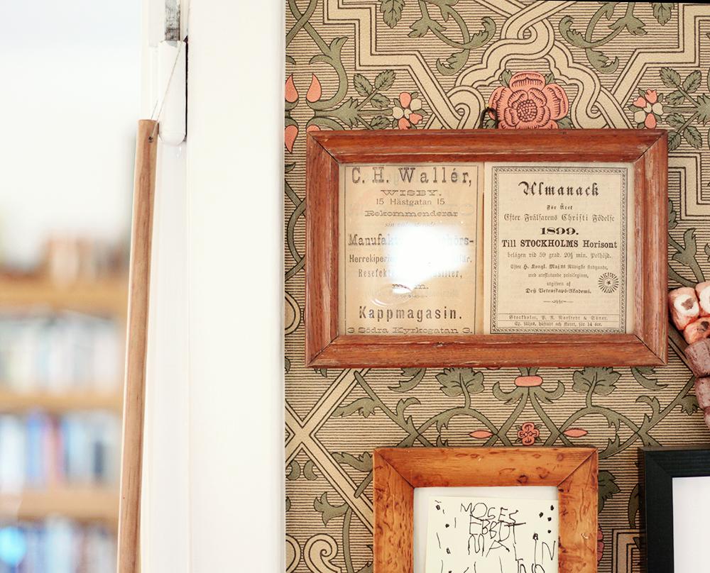 tapet gotland visby vintage ramar träramar
