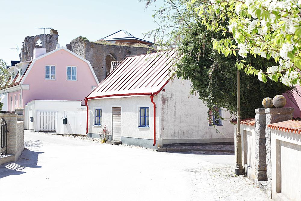 Gotland Visby rosa hus stenhus