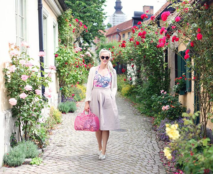 Gotland guide tips semester visby rosor