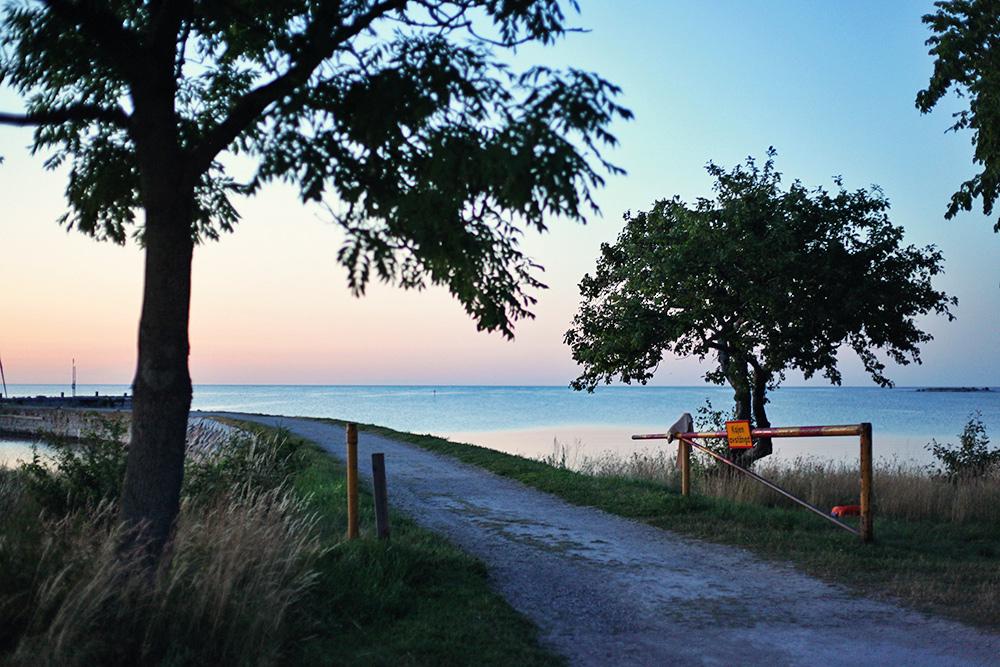 Gotland guide tips semester barnvänlig restaurang äta fisk rökeri katthammarsvik badplats bada strand