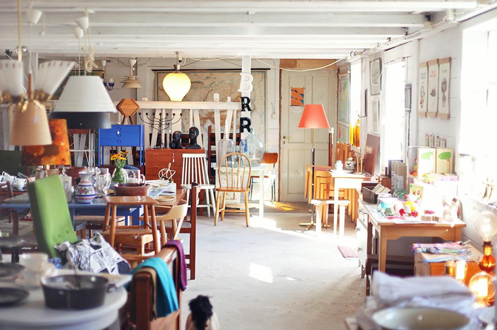 lyckliga gården gotland vintage antik loppis retro