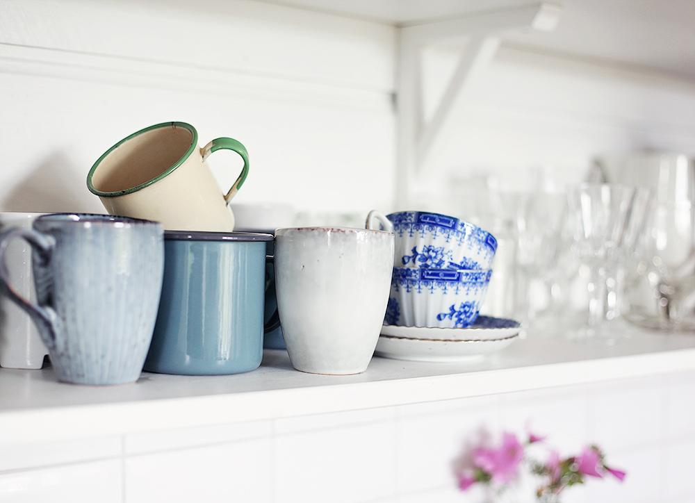 torp, kök, öppna hyllor, inredning, Gotland, vintage, retro, koppar