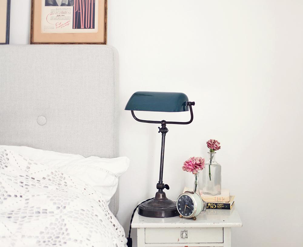 säng sänggavel sovrum sängbord