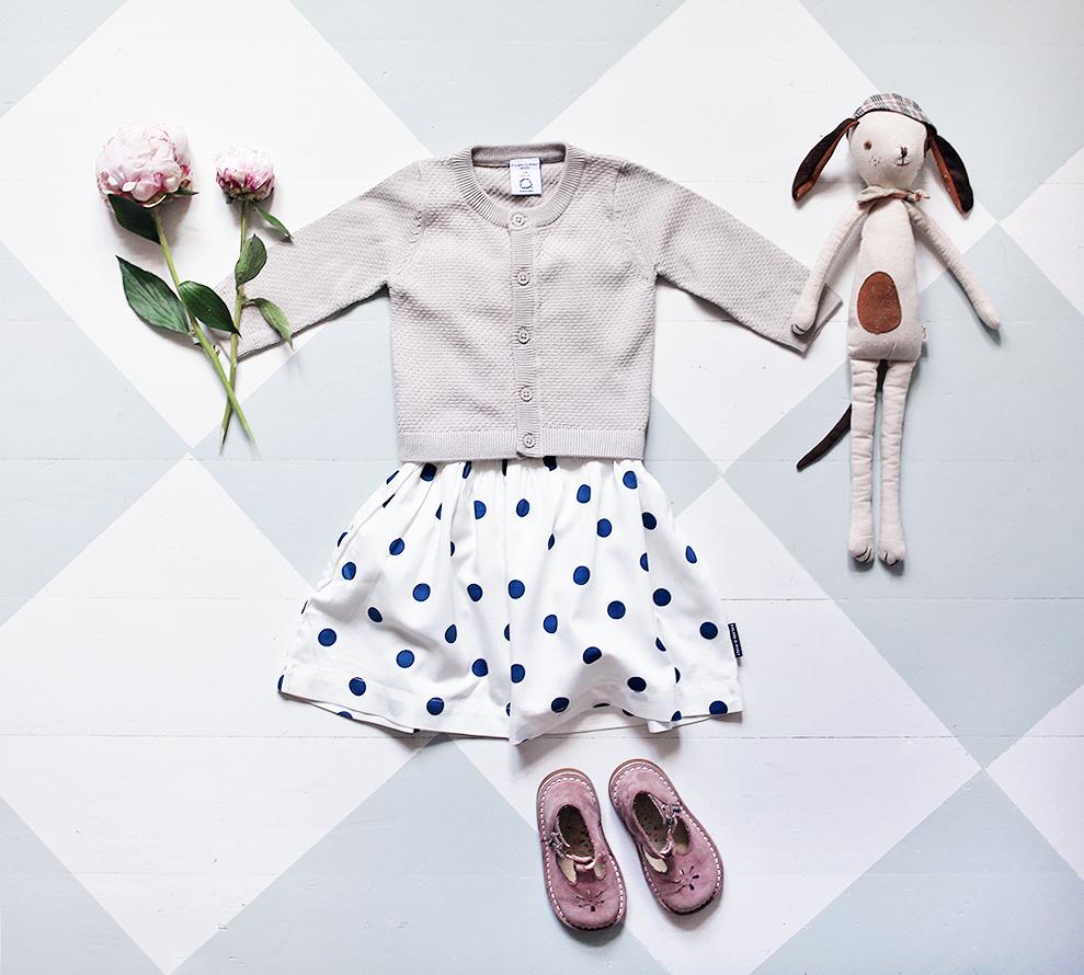 barn barnkläder ekologiska Polarn O. pyret hållbart mode vintage klänning