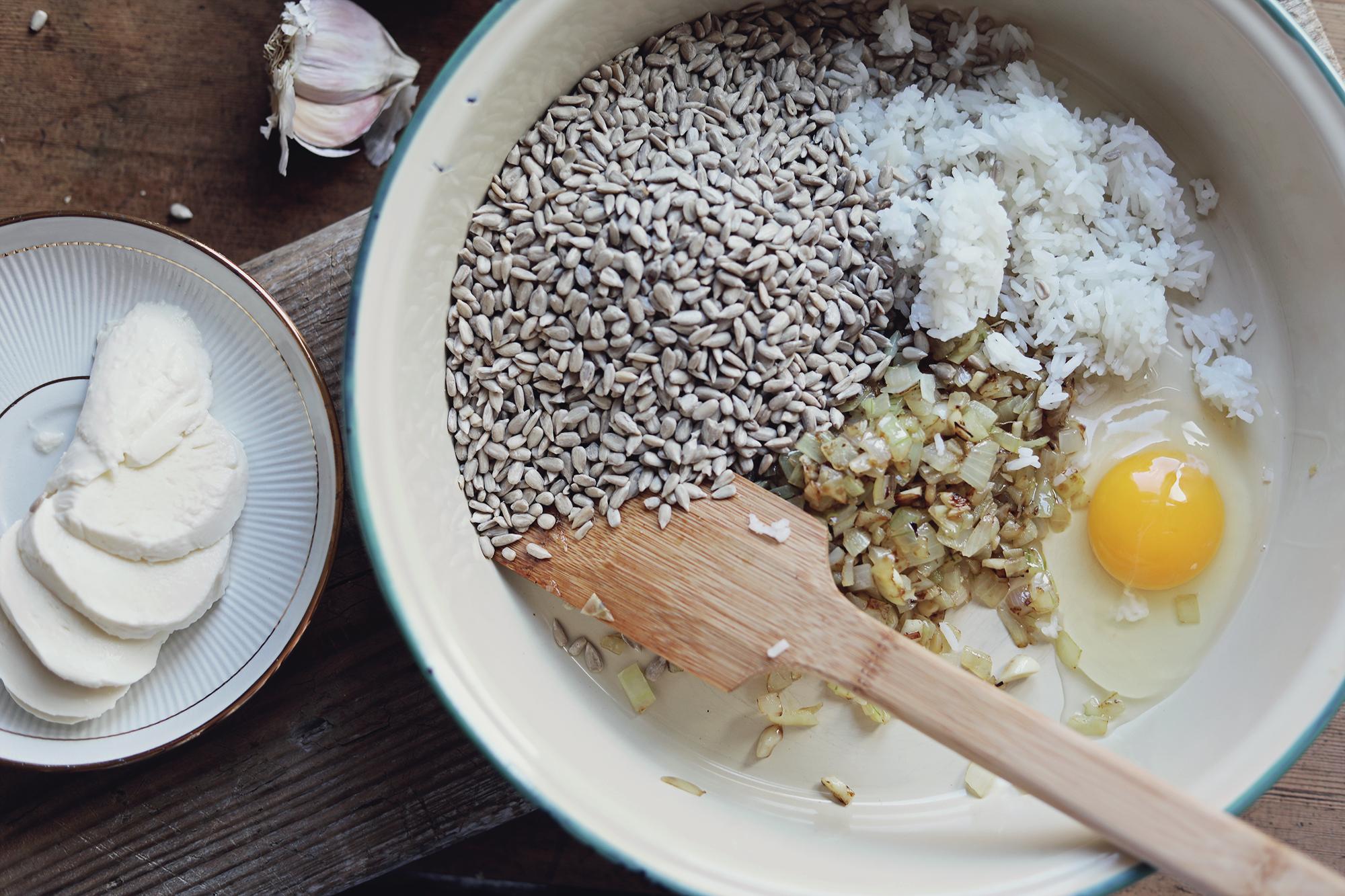 vegetariskt recept biffar grilla solrosbiffar solrosfrön klyftpotatis by emmasvintage