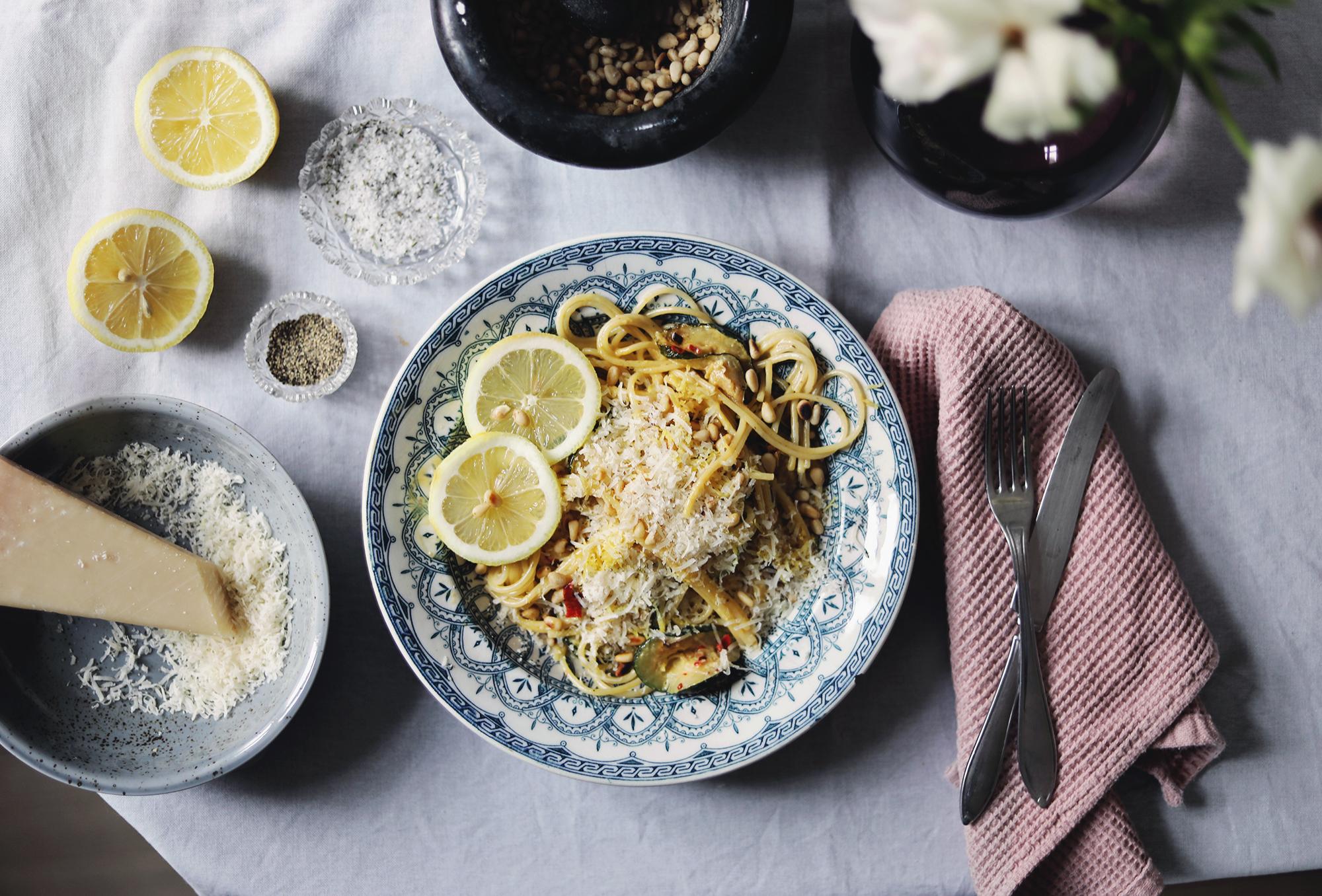 vegetariskt recept pasta enkelt middag chili gryta citron