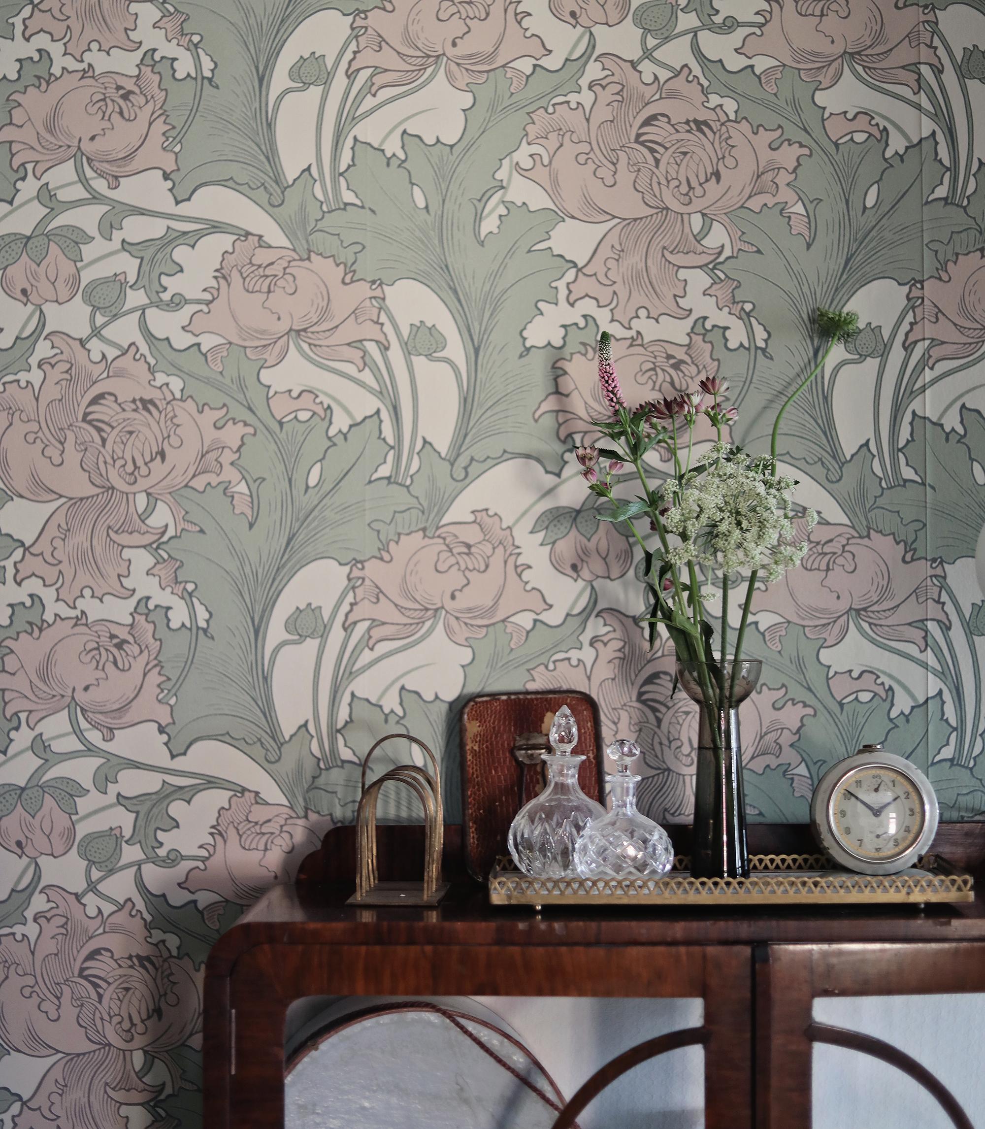 tapet tapeter wallpaper Boråstapeter Siri Anno inredning art nouveau blommor blommig dörr sekelskift skåp