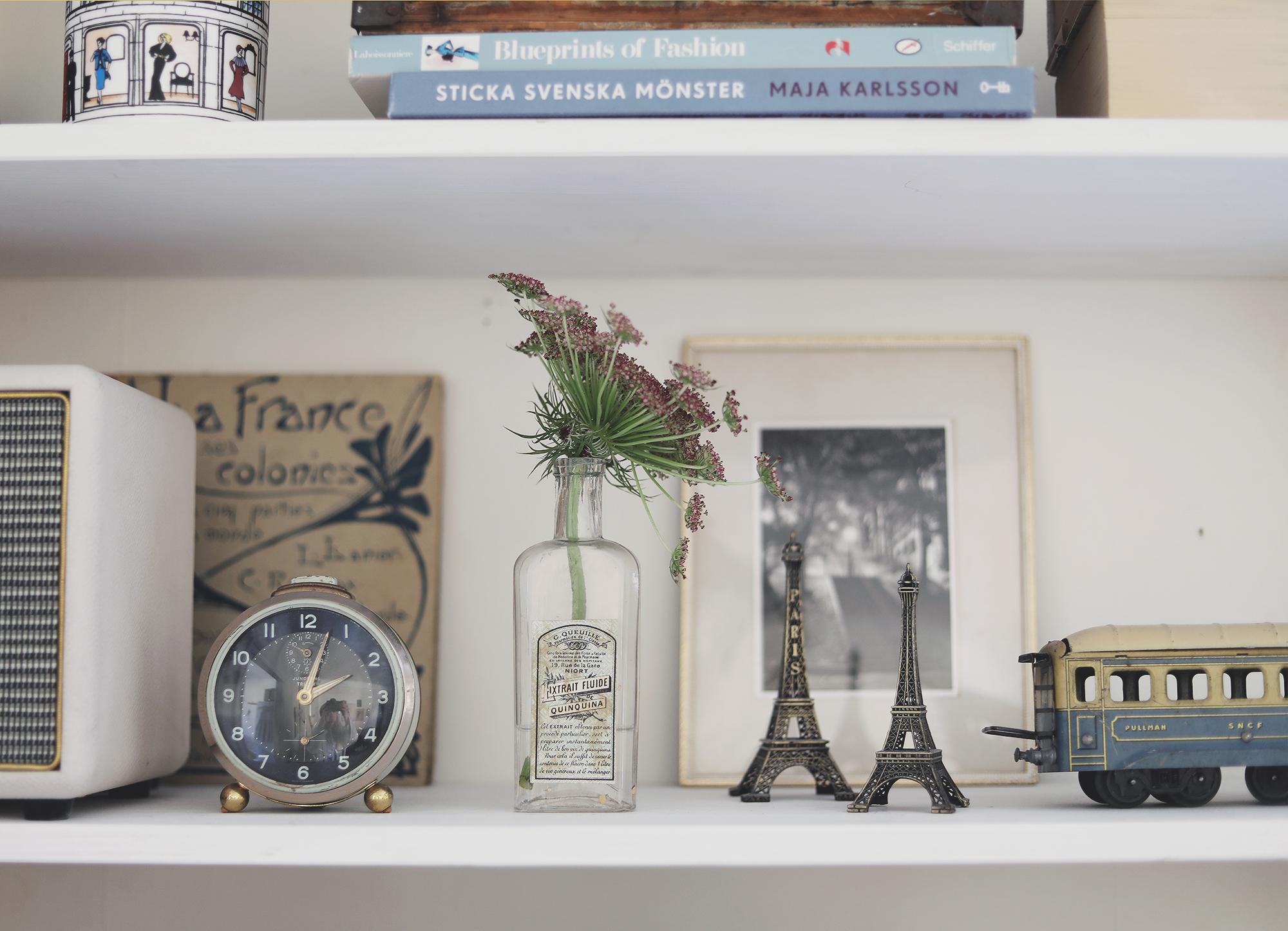 bokhylla bookshelf inredning interior books vintage Paris emmasvintage