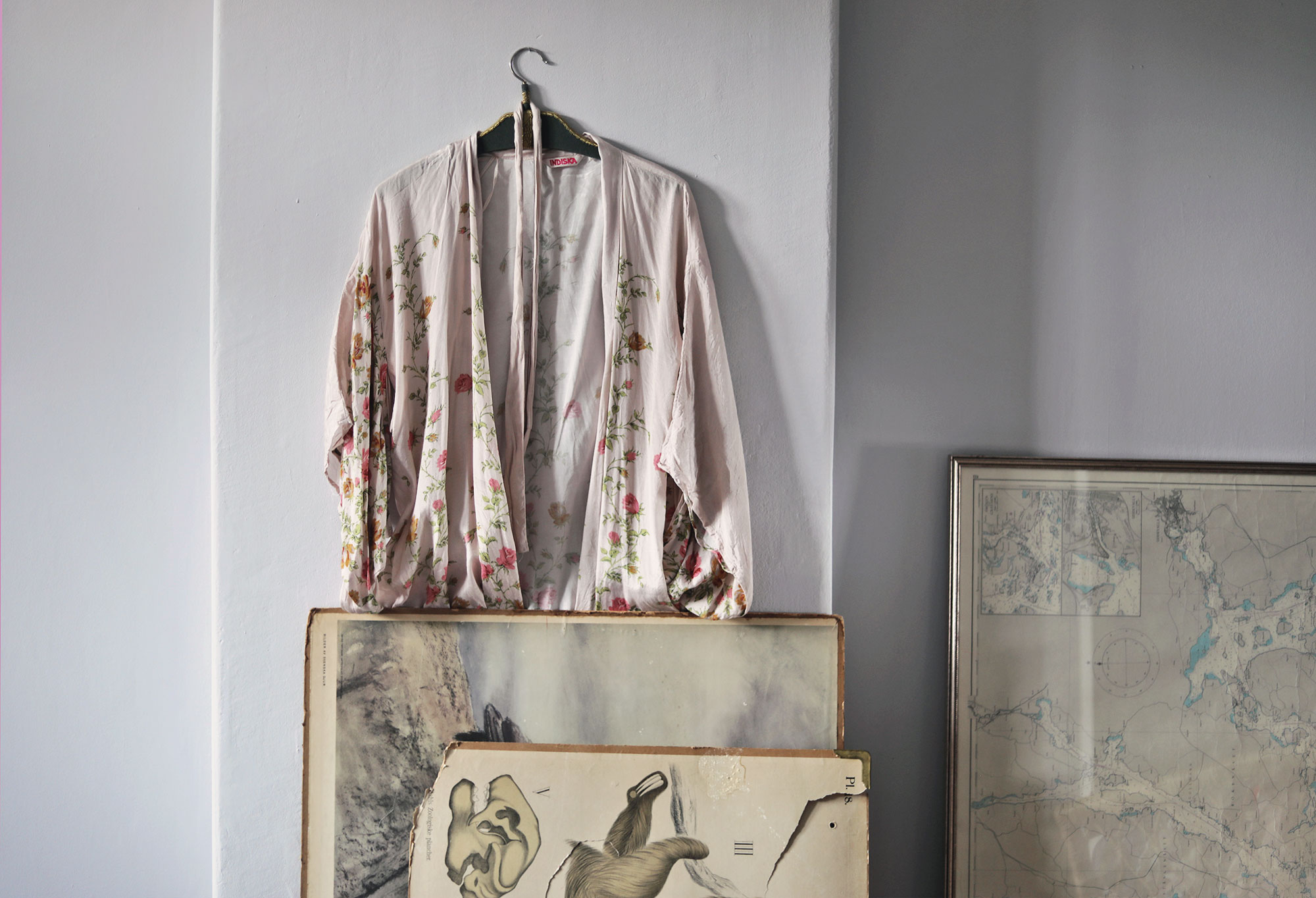 sovrum emmasvintage kimono tavlor