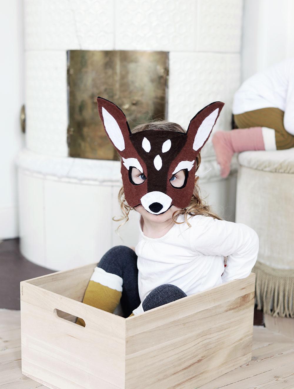 DIY djurmask bambi leksak mask barn leksak leksaker filttyg rådjur steg-för-steg kids toy barnrum