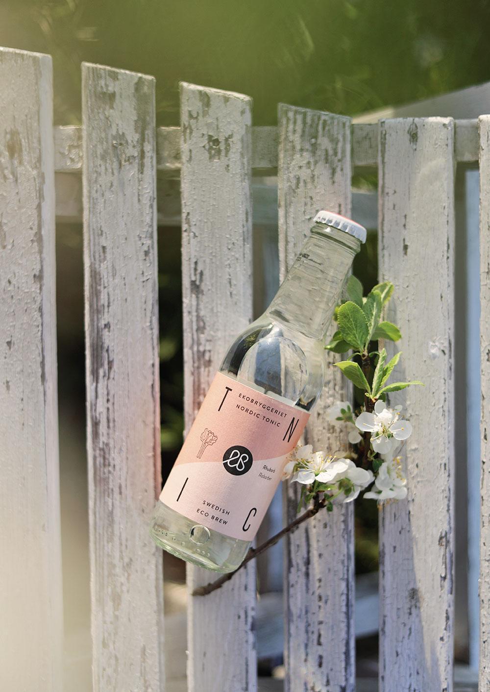 ekobryggeriet ekologisk drink ekologiska drinkar bär sommardrinkar rabarber lavendel torp gotland trädgård