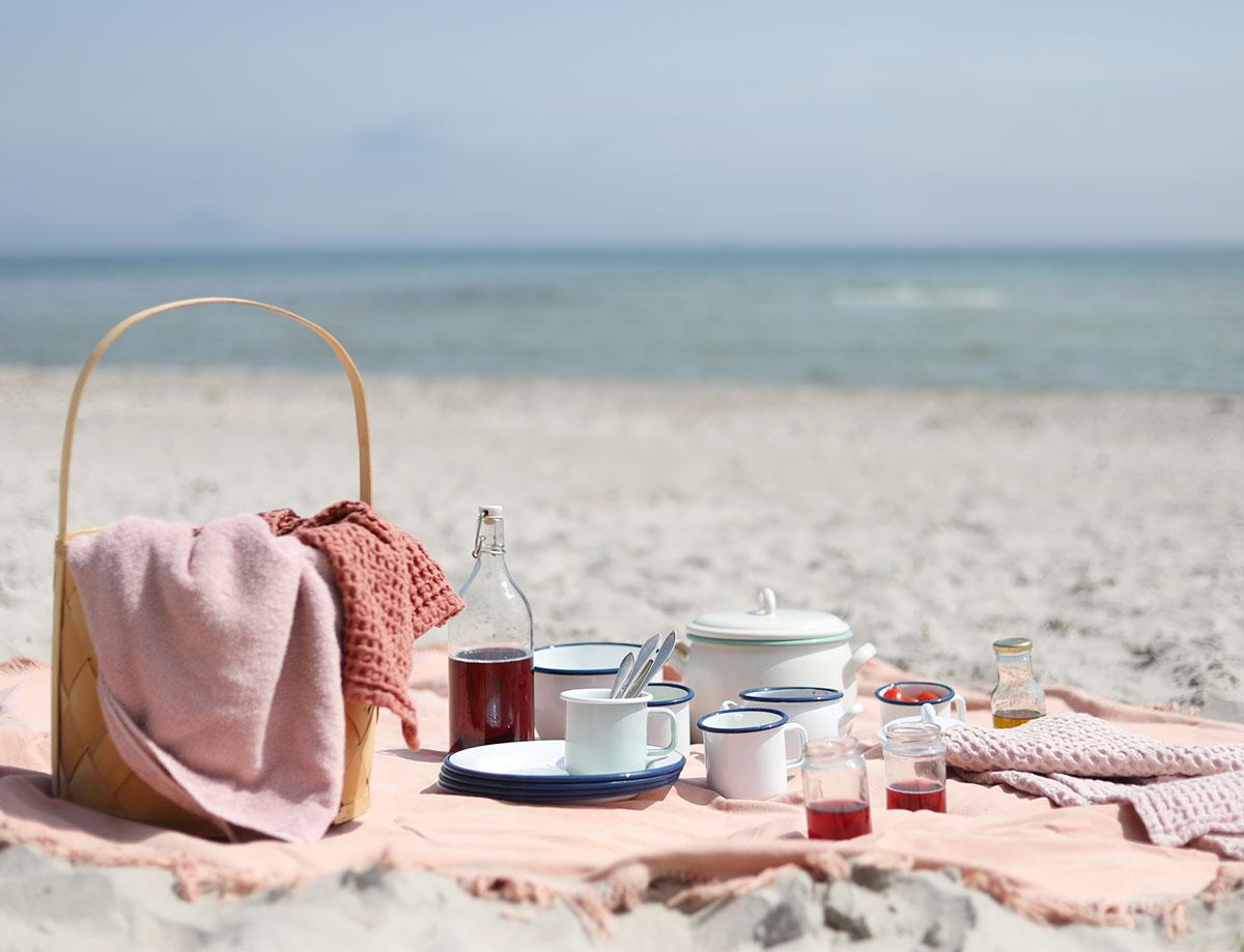 picknick kockums jernverk strand Gotland picknickmat mat recept vitviken åminne picknickkorg